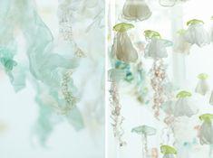 Spectacular Floating Jellyfish Aquarium at Portland Airport - My Modern Met