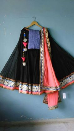 Black nd pink Indian Bridal Outfits, Indian Dresses, Indian Clothes, Indian Attire, Indian Wear, Ethnic Fashion, Indian Fashion, Indian Dance Costumes, Lehenga Crop Top