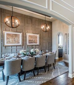 Elegant modern chandelier dining room lighting ideas for this year 12 - Elegant modern chandelier dining room lighting ideas for this year 12 - Dining Room Design, Dining Room Table, Dining Rooms, Dining Room Paneling, Dining Room Decor Elegant, Console Tables, Wood Table, Dining Area, Dining Room Inspiration