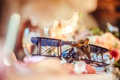 Cute handicraft jet used for centerpiece decoration | Event Planning, Styling & Design: Manna Sun Events | www.mannasunevent... | Photo: VID STUDIO