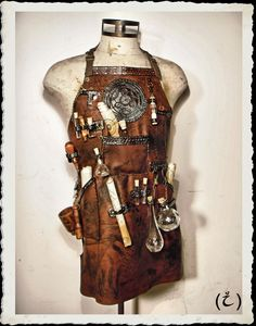 Leather Apron - Alchemist - Steampunk - by ILeatherCraft on Etsy https://www.etsy.com/listing/258219969/leather-apron-alchemist-steampunk