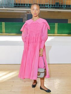 How to wear bright pink: Adwoa Aboah in a pink dress with ballet pumps Bright Pink Dresses, Pink Party Dresses, Pink Outfits, Casual Outfits, London Look, On Repeat, Super Cute Dresses, Spring Looks, Party Fashion