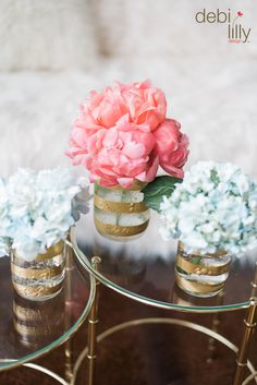 You'll be good as gold with these glitz and glam Debi Lilly™ mason jars! Just add flowers and water and you have a stylish piece for any room.