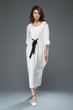White Linen Dress - Loose-Fitting Casual or Smart Women-s Designer Dress with Black Ribbon Tie - Batwing Sleeves Women's Dresses, Casual Dresses, Fashion Dresses, Summer Dresses, Halter Dresses, Pageant Dresses, White Linen Dresses, White Dress, Xl Mode