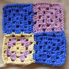 Ristiin rastiin: Isoäidinneliöitten kiinnitys viimeisellä kerroksella Blanket, Crochet, Crochet Hooks, Blankets, Crocheting, Carpet, Thread Crochet, Hooks, Quilting