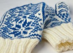 Nordic style mittens - love the blue & white