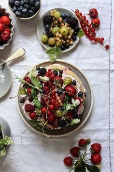 spelt flour summer berry cake refined sugar free