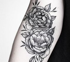 Flowers Dotwork Tattoo by Luciano Del Fabro Argentina