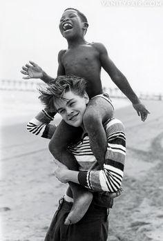 *** Leonardo DiCaprio and friend, 1994 - Expression | Impression