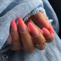 Rounded Acrylic Nails, Almond Acrylic Nails, Oval Nails, Best Acrylic Nails, Acrylic Nail Designs, Pink Nails, Almomd Nails, Oval Nail Designs, Oval Nail Art