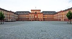 View of Mannheim Palace Castle On The Hill, Psychic Mediums, Places To Visit, Louvre, Vacation, City, Castles, Germany Europe, Palaces
