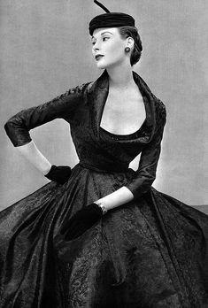 Nina Ricci 1950's Fashion