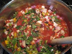 Best home canned thick and chunky salsa Canned Salsa Recipes, Fresh Tomato Recipes, Canning Recipes, Jar Recipes, Recipies, Homemade Chunky Salsa, Homemade Salsa, Mexican Food Recipes, Sauces