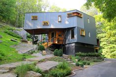 New York City-based studio Method Design Architecture has completed the DPR Residence project in September The architects have extended and renovated a modern house located in Pound Ridge, a small town in Westchester County, New York, USA. Container Home Designs, Shipping Container Design, Storage Container Homes, Shipping Containers, Cargo Container, Container Cabin, Container Buildings, Container Architecture, Container Conversions
