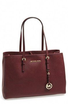 Free shipping and returns on MICHAEL Michael Kors  Jet Set - Large  Travel  Tote 386bd3ed1a
