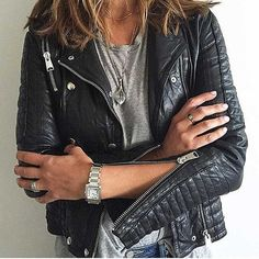 Pin for Later: 28 Outfits That Wouldn't Be Complete Without a Leather Jacket With Silver Jewels That Play Up the Hardware Love Fashion, Winter Fashion, Womens Fashion, London Fashion, Hippie Chic, Style Me, Cool Style, Leather Jacket Outfits, Leather Jackets