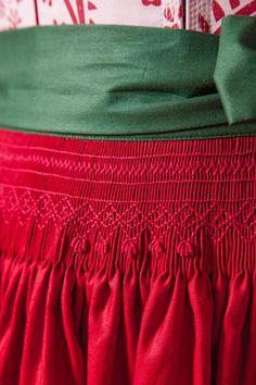 Gössl Online-Shop - Schürze aus gechinzter Baumwolle - Dirndl