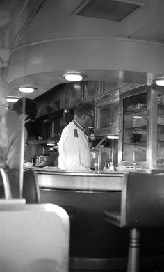 "Lounge Car Attendant aboard Wabash Baggage/Buffet-Lounge Car #650 en route to Chicago aboard the ""City of Decatur"" (Photo by William A. Shaffer)"