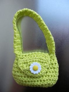 Slouch Bag - Minuscule  instructions on how to make doll bags from people sized patterns - great idea!