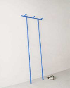 Paolo CapelloAnacleto coat hanger::Minimalissmo::via seesaw