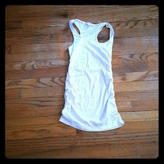 Off white tank top with Ruched sides Ruched sided tank top Made for me 2 look amazing Tops Tank Tops