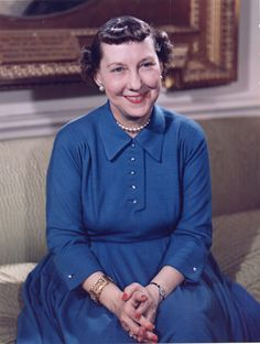 Image detail for -File:Mamie Eisenhower color photo portrait, White House, May 1954.jpg ...