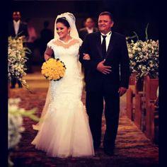 Hentony Pimenta - Wedding dress made by Hentony Pimenta