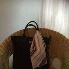 e1a0e8b71fd3a4 9 Best Vintage Bags images | Vintage bags, Gucci clutch, Vintage gucci