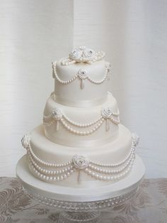 pearls wedding cake by cakes from the sweetest thing (Susan), via Flickr