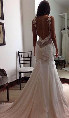 Soooo pretty. I just has to pin it - fall 2014 wedding dresses, 2014 bridal gowns, backless wedding dresses, open back wedding dresses