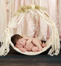 "Just introduced this Gorgeous hand made Woodsy Wonders Original Newborn Muslin Hammock that can be hung, or stand by itself.  A perfect prop for the sleeping babe!   Hammock is woven and tied in a natural muslin.  Another original design by Woodsy Wonders! Hammock comes with natural muslin ties as shown in the ""product"" photo.CAUTION!!!  THIS IS A NEWBORN PROP"