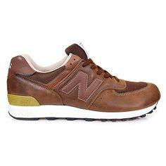 Alle Sneakerhersteller zeigen bereits die kommenden Frühjahrskollektionen 2010. So auch New Balance. Zu den Modellen gehören dabei der New B...
