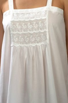 Victorian-style cotton nightdress, sleeveless, one size - 'Victoria' (white)