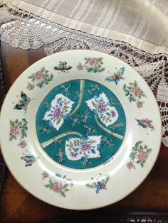 Handpainted porcelaine plate