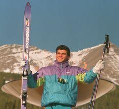 IlPost - Lo sciatore italiano Alberto Tomba posa per i fotografi vicino alla torcia olimpica al centro sportivo di Nakiska, il 23 febbraio 1988, in occasione delle Olimpiadi invernali a Calgary, in Canada. Tomba vinse la medaglia d�oro nello slalom speciale e - Lo sciatore italiano Alberto Tomba posa per i fotografi vicino alla torcia olimpica al centro sportivo di Nakiska, il 23 febbraio 1988, in occasione delle Olimpiadi invernali a Calgary, in Canada. Tomba vinse la medaglia d'oro nello…