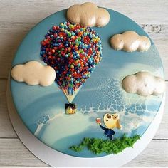 Just love this cake by @superbaker.ru. See the best Edible Image Designs posted daily at http://topperoo.com/edible-image-designs/