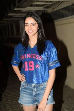"""Mumbai: Film """"Student of the Year screening - Ananya Pandey, Tiger Shroff - Social News XYZ Bollywood Girls, Indian Bollywood, Bollywood Celebrities, Bollywood Fashion, Sporty Outfits, Girly Outfits, Cute Outfits, Drape Dress Pattern, Rachel Green Outfits"""