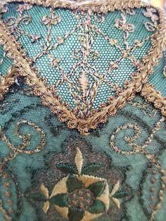 Collection - Elegance Lamps Art Nouveau, Art Deco, Velvet Upholstery Fabric, Antique Lamps, Steampunk Fashion, Lampshades, Victorian, Textiles, Antiques