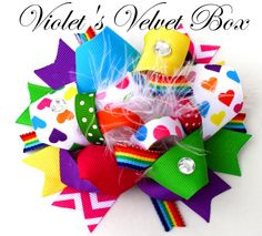 Arco iris sobre la cima pelo arco vibrantes por VioletsVelvetBox