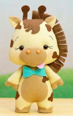 Feltro Felt Giraffe, Felt Owls, Felt Animals, Felt Crafts Diy, Felt Diy, Baby Crafts, Felt Animal Patterns, Stuffed Animal Patterns, Peluche Lion