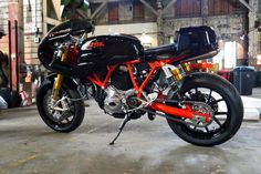 Displaying items by tag: CAFE RACER