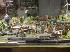 A beautiful HO Scale layout @ http://www.hobbylinc.com/model-trains