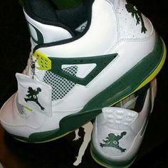 6e5792b32b73 Oregon Ducks 2013 basketball shoes  Air Jordans with a custom Duck Jumpman  - Gamedayr