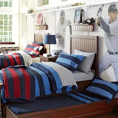 Blue rugby quilt, grey sheets - Pottery Barn teen