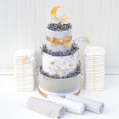 Twinkle Twinkle Little Star Baby Shower Decoration, Little Star Diaper Cake, Neutral Baby Shower Decor, To the Moon Baby Shower, Gold Gray - New Deko Sites Baby Shower Diapers, Baby Shower Gifts, Baby Gifts, Baby Girl Cakes, Cake Baby, Shower Bebe, Star Baby Showers, Gender Neutral Baby Shower, Twinkle Twinkle Little Star