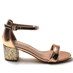 Thuli glittered metallic rose gold pumps - 5 in the Heels category was sold for on 17 Dec at by levitech in Pretoria / Tshwane Rose Gold Pumps, Gold Glitter Pumps, Beautiful Shoes, Black Sandals, Style Guides, Style Icons, Block Heels, Gift Guide