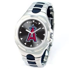 Handsome men's Victory Series New York Yankees watch boldly displays your favorite MLB team's logo on the dial with a gloss background behind it. Easy to adjust sport buckle and a scratch resistant stainless steel case and back. Clemson Tigers, Detroit Tigers, Detroit Game, Auburn Tigers, Memphis Tigers, Detroit Sports, Mens Sport Watches, Watches For Men, Wrist Watches