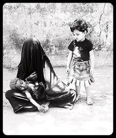 The World of Muslim Beggars Through the Eyes of Marziya Shakir 2 Year Old