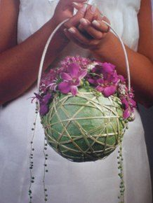 Floral Shoes, Floral Bags, Modern Floral Arrangements, Flower Arrangements, Art Floral, Floral Design, Flower Bag, Floral Bouquets, Ikebana