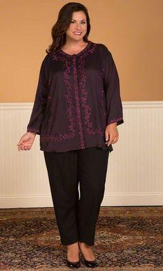CHLOE EMBROIDERED BLOUSE / MiB Plus Size Fashion for Women / Winter Fashion / Plus Size Blouse